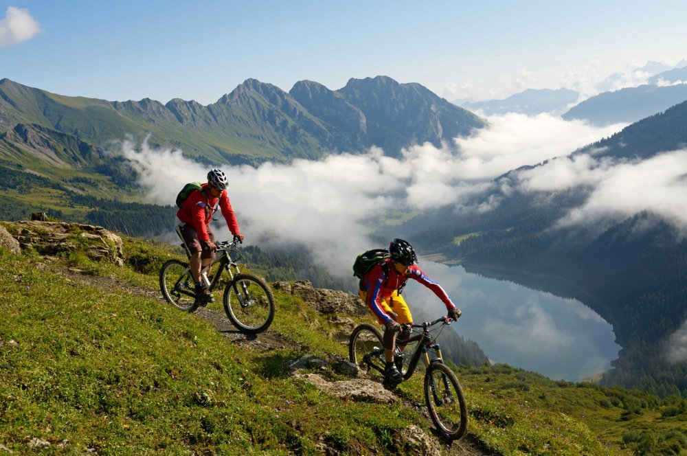 hornberg-aktiv-sommer-arnensee-bike