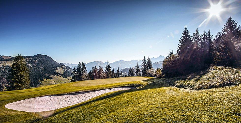 Golfen im Saanenland... Golf mitten in den Alpen!