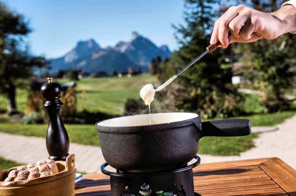 Kulinarik mit Herz - unsere Winterspeisekarten sind da - mit Schnee